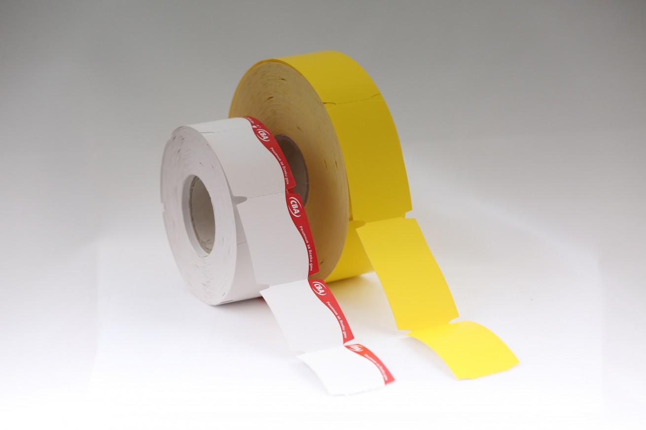 Etichete din carton